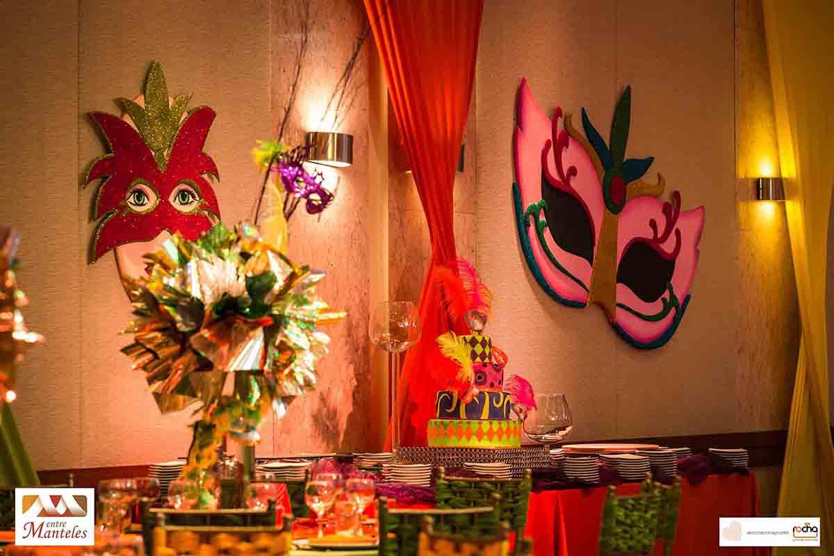 Pin boda carnaval decoracion de con globos on pinterest - Decoracion de carnaval ...