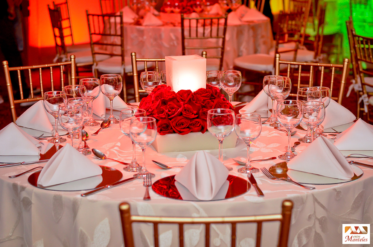 Decoraci n delirio hotel interncontinental cali bodas - Decoracion en rojo ...