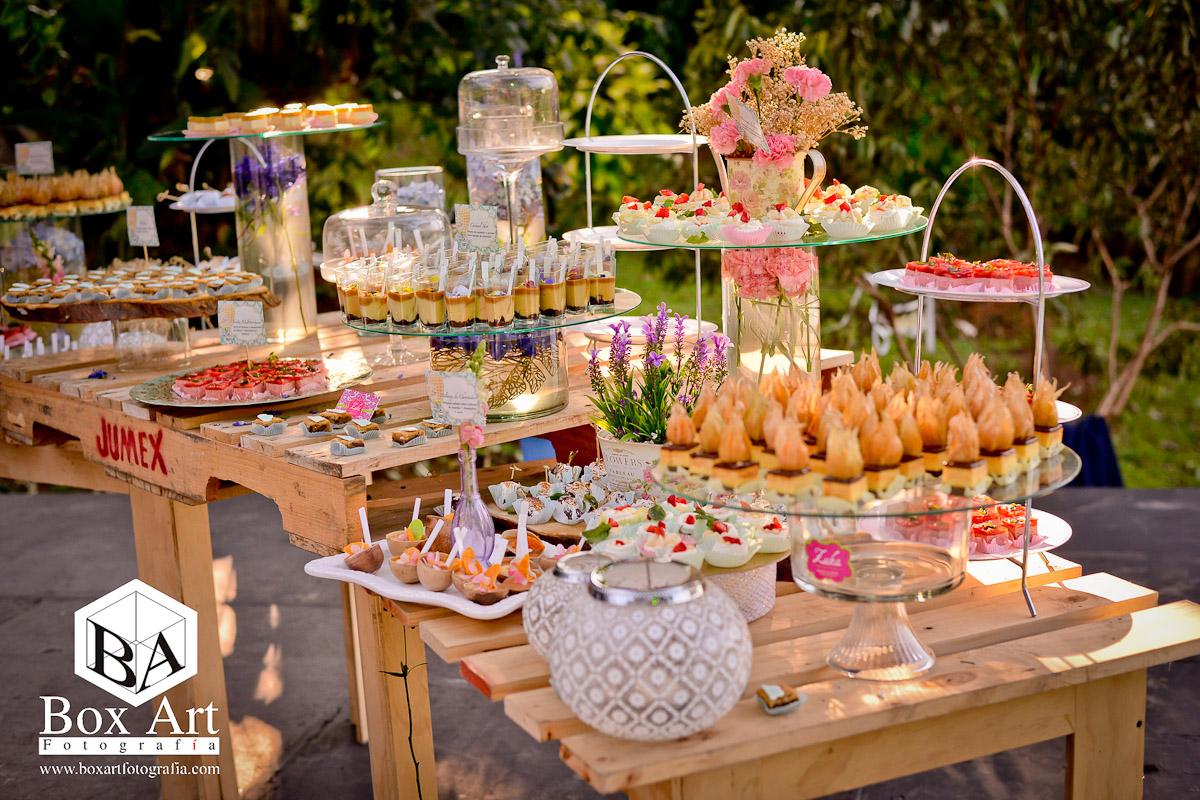 Organizaci n de bodas en cali mesa de dulces vintage for Decoracion mesas dulces